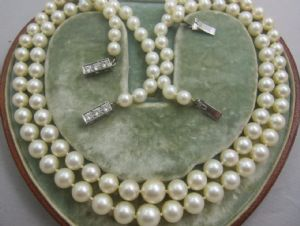 SET OF  TWO LUSTROUS ART DECO CULTURED PEARLS DIAMOND TRILOGY SNAPS 18CT OPERA